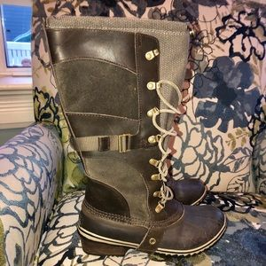Sorel Carly Boots 8